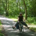 Bike Bus - vélos & VTT à louer - Une des activités et sites à visiter à partir de la Maison d'Hôtes La Belle Demeure, au cœur du Périgord Noir en Dordogne